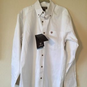 MEN'S ARIAT SHIRT  SIZE M